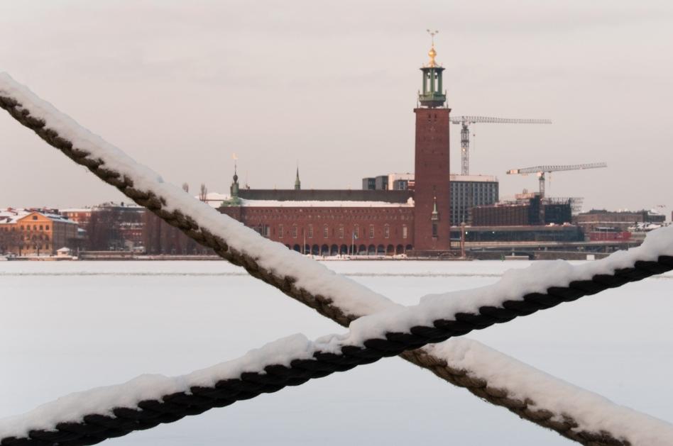 Stadshuset bakom rep