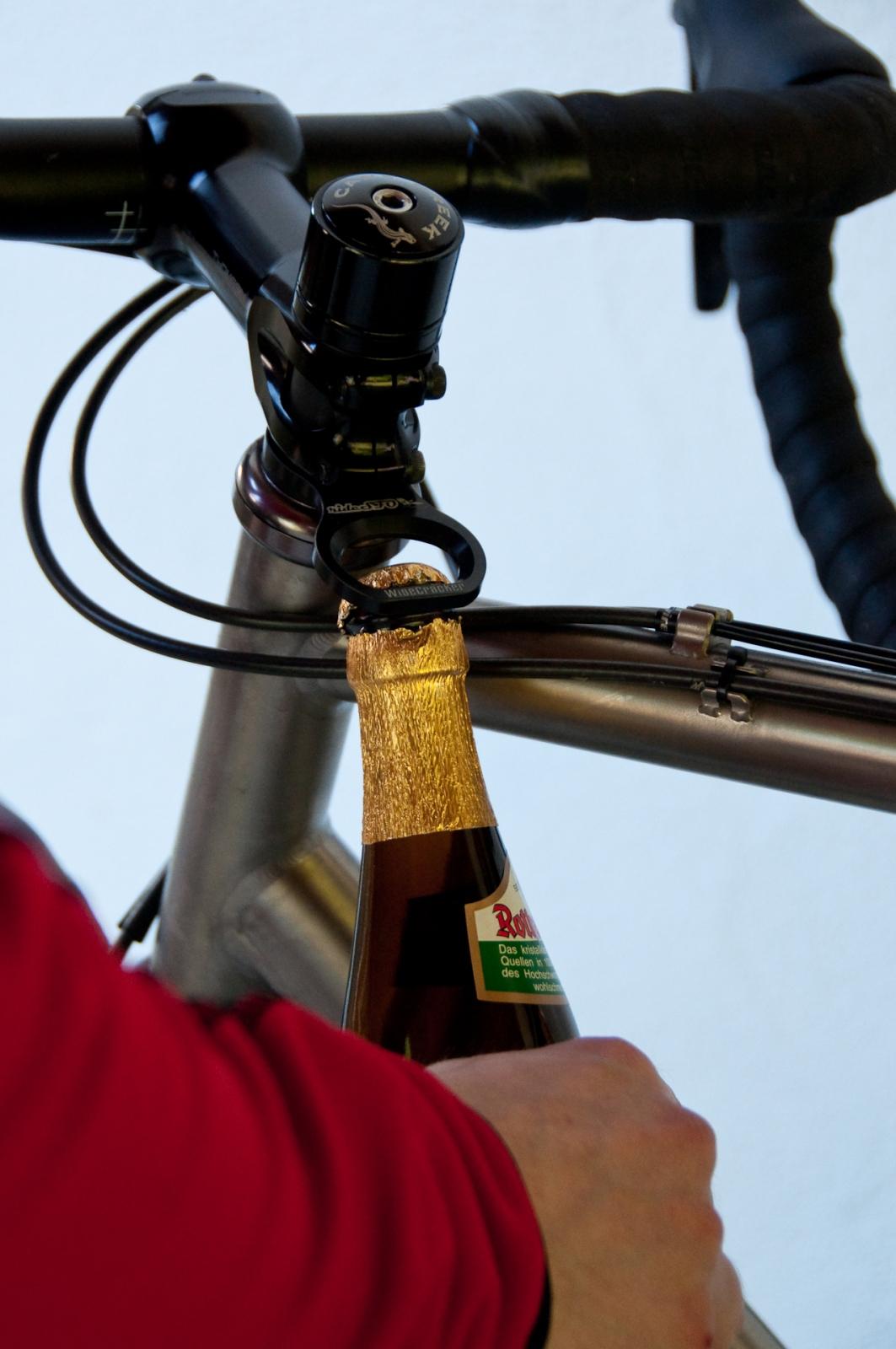 cykel ölöppnare flasköppnare bicycle bottle opener