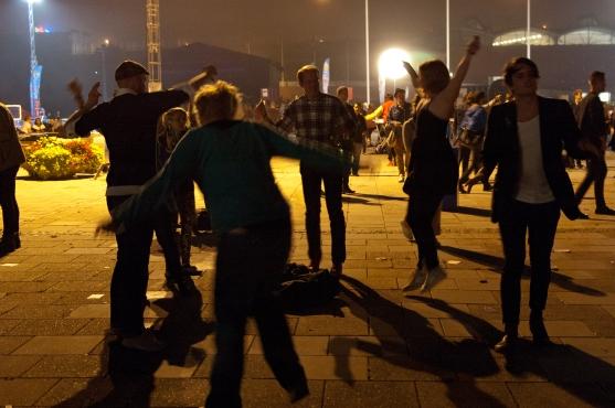 Även de som aldrig hittade ut ur ölburen (1-0 till Hultsfred) dansade till Lykke Li