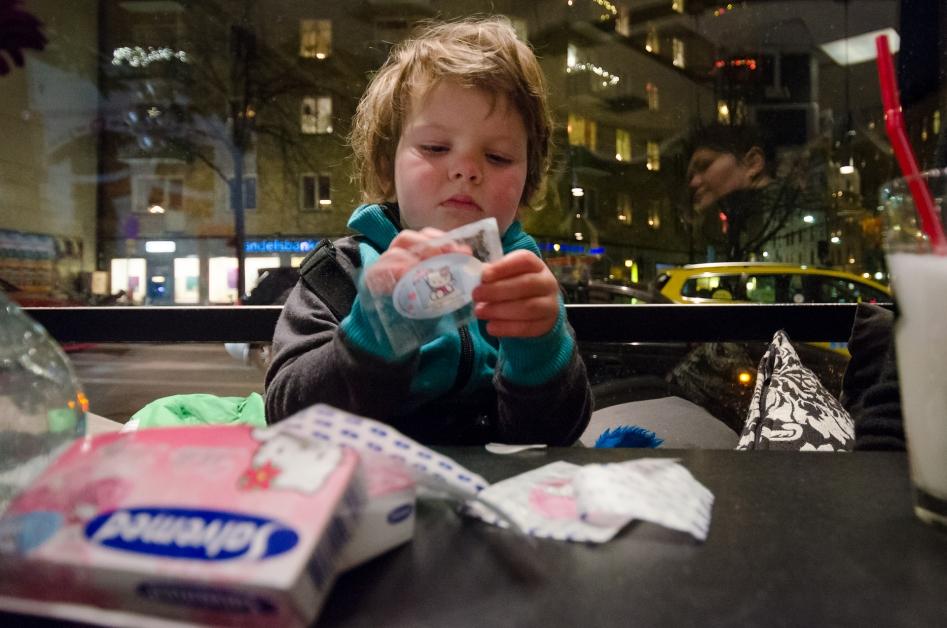 Fika på Folkungagatan - Hello Kitty-plåster är bra om apokalypsen kommer