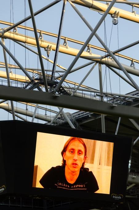 Luka Modric hyllar sin vän