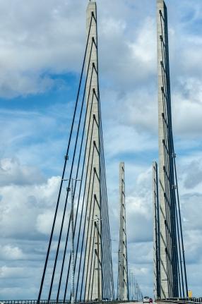 Bron står kvar