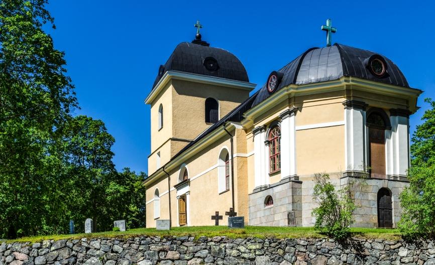 Hyltinge kyrka
