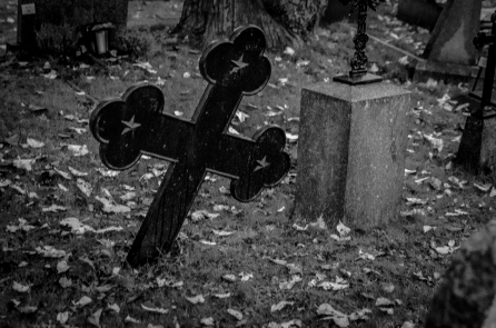 Stormigt på flottans kyrkogård
