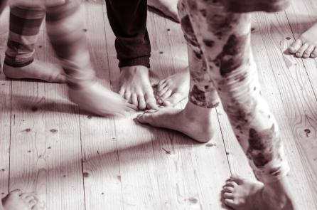 Trampet av små fötter