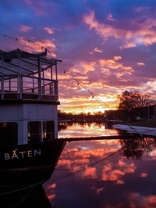 Sola i Karlstad går ner