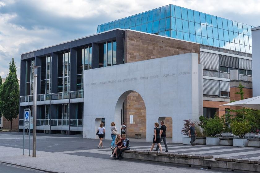Människorättsgatan vid tyska nationalmuseet