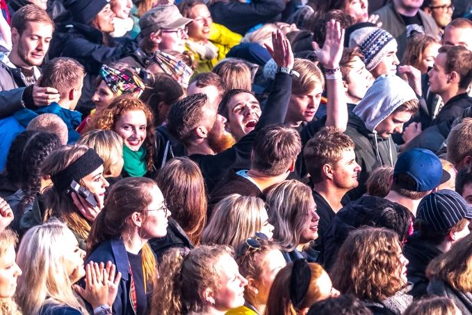 Stora scenen dansar till Mø