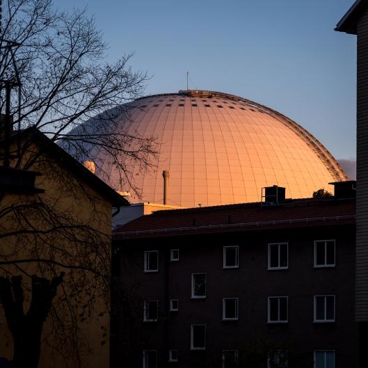 Globen vid solnedgång