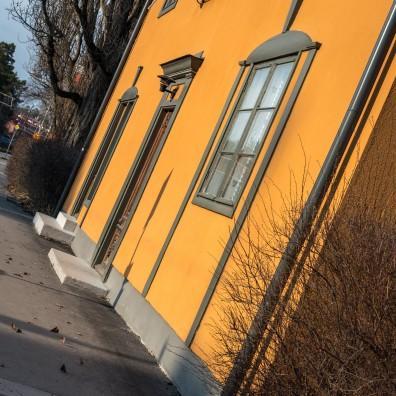Fasaderna renoveras årligen, inte vart tionde